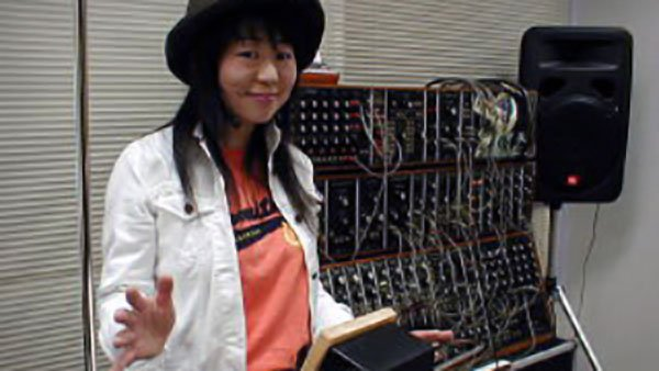 Japanese theremin player Eri Li with the Etherwave Pro Theremin