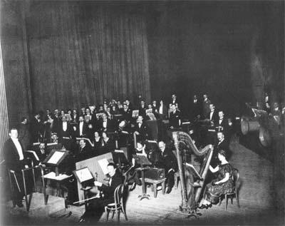 Intonarumori orchestra, Paris 1921