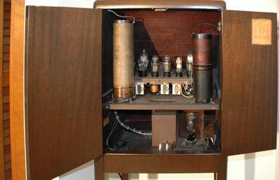 RCA Theremin 003