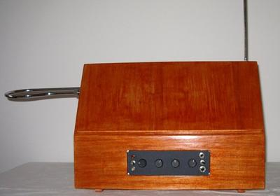 Necotron transistor theremin. Frontal view.